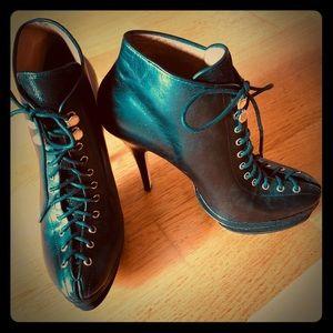 Ann Taylor black leather size 7